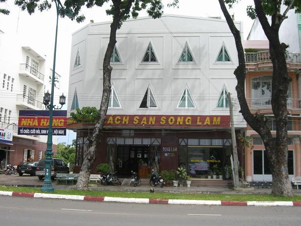khach-san-song-lam